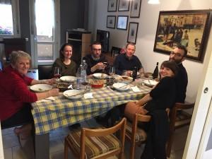 """Il Pranzo della Domenica con la mia """"famiglia italiana"""" - Sunday lunch with my new """"Italian family"""""""